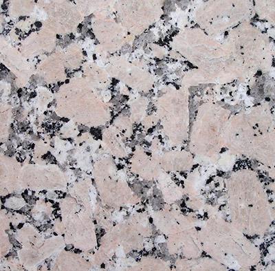 """S-04: Piso de piedra """"Granito Rosabel"""". (Dado el alto costo de la piedra, este suelotiene un incremento del presupuesto dado, que depende de la superficie de la cabina, porlo que debe ser consultado el incremento que corresponde)."""